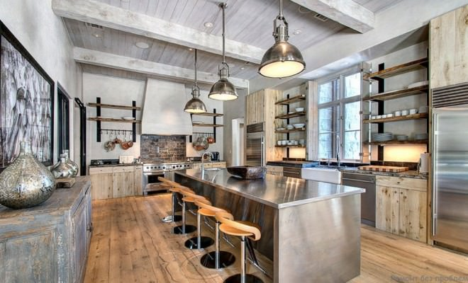 Industrial-Kitchen-with-vaulted-Ceiling-660x400