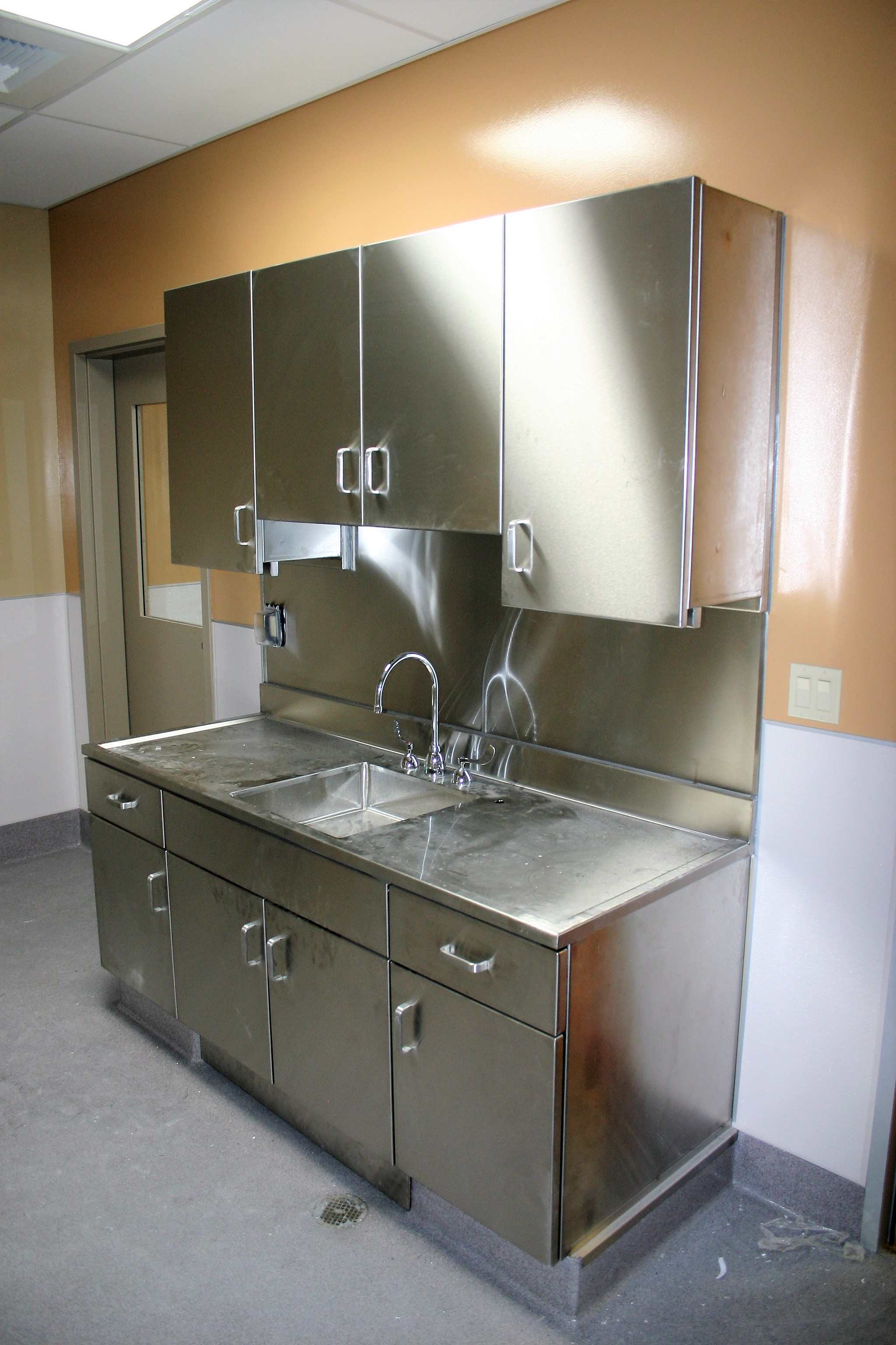 Laboratory Perfection Stainless 4