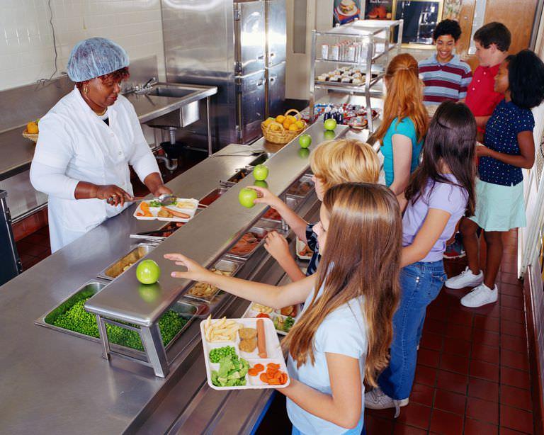 School-Cafeteria-Baerbel-Schmidt-56a11c335f9b58b7d0bbce4b