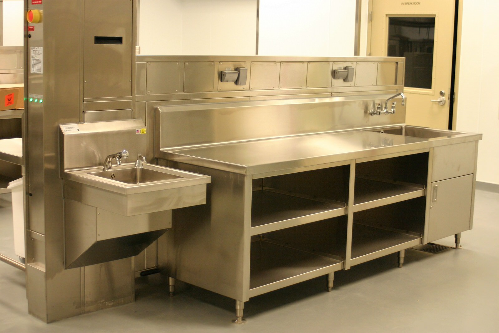 Stainless Cabinetry Perfection Stainless 17
