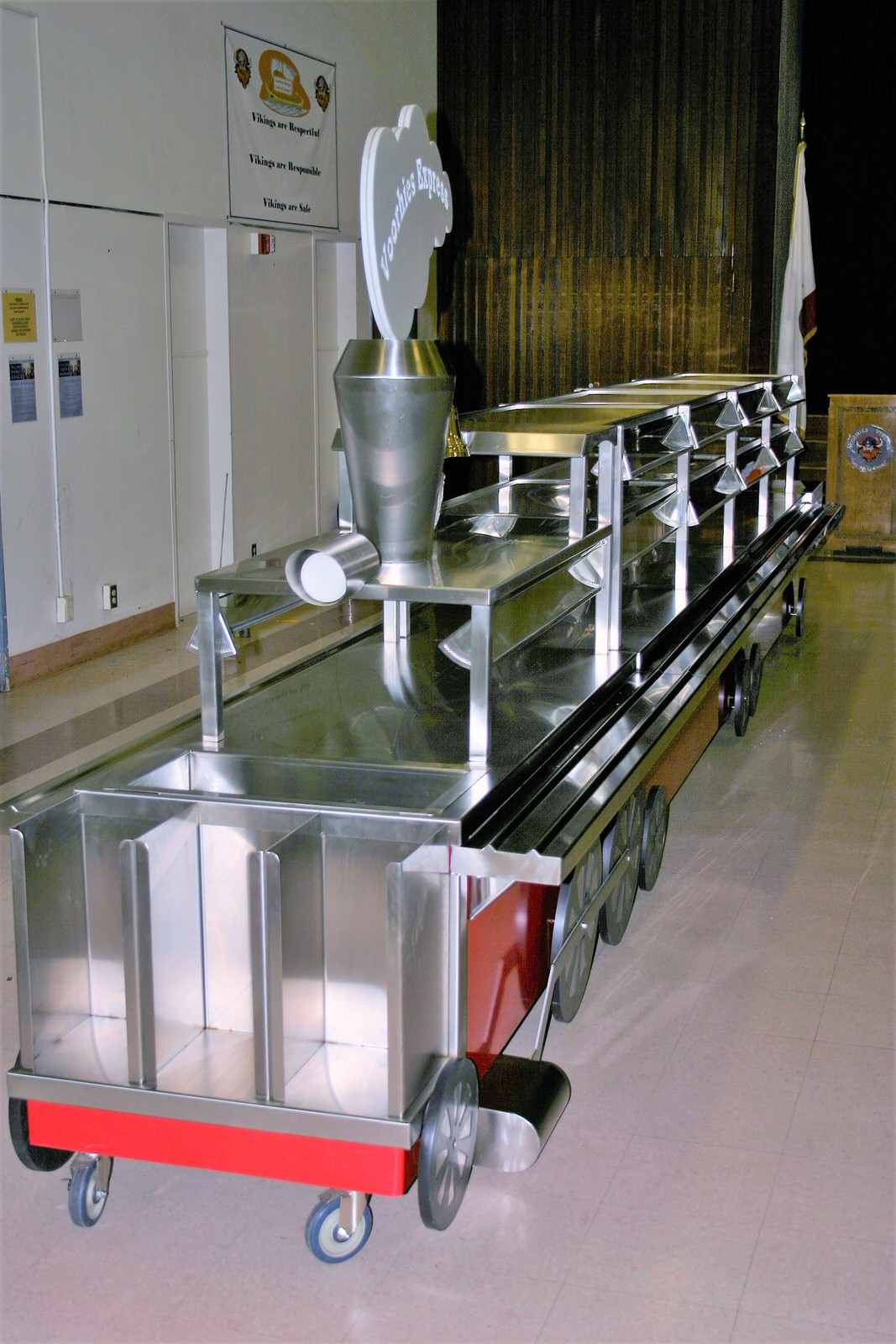 Train Serving Line Perfection Stainless 6