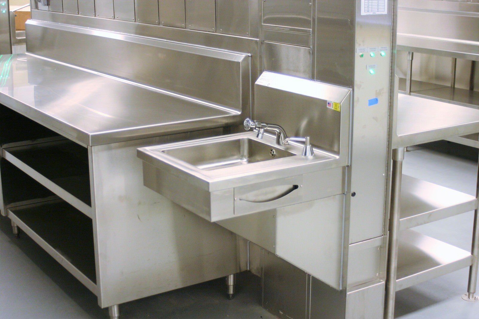 Utility Distribution Systems Perfection Stainless 9